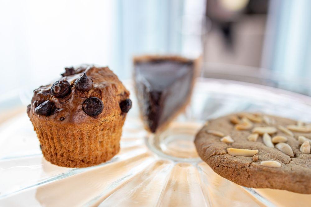 Sweet Life Bakery: 38921 Sedalia Dr, Gualala, CA