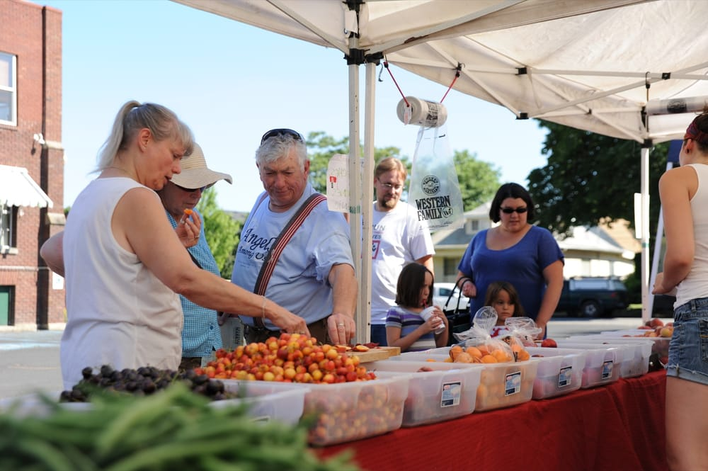 Emerson Garfield Farmers' Market: 2310 N Monroe, Spokane, WA