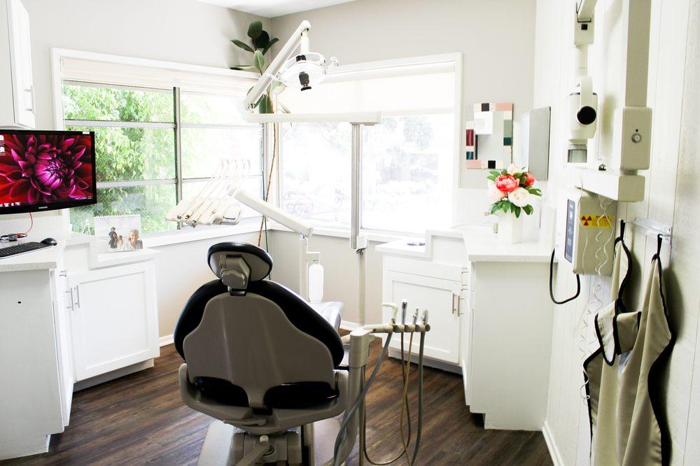 Alex Kalmanovich, DDS - Laguna Family Dentistry