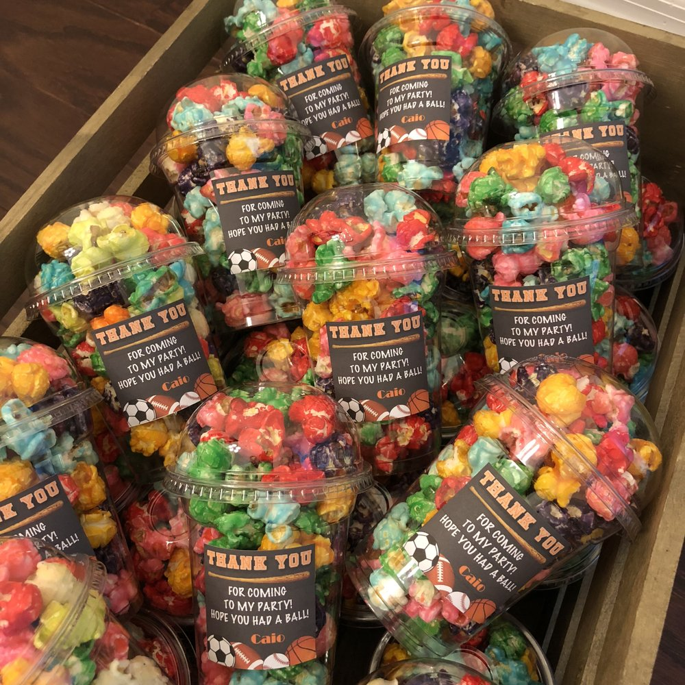 Gourmet Popcorn Club: 2926 Vineland Rd, Kissimmee, FL