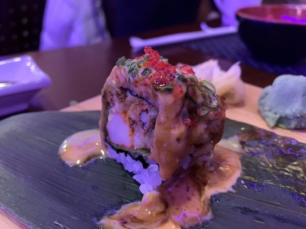 Food from Akari Sushi