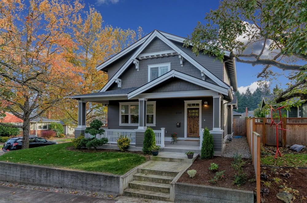 Portland oregon real estate yelp for Select home
