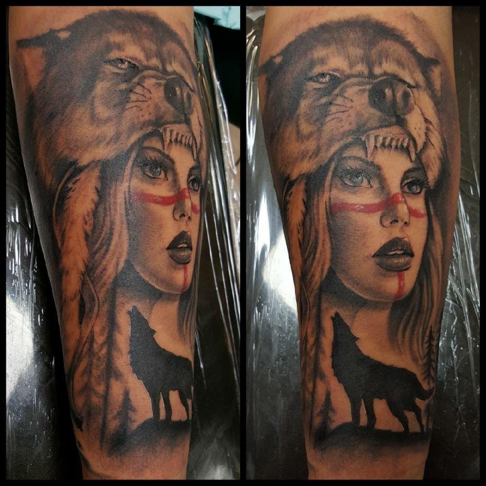 Black Widow Tattoo Studio: 6745 Watt Ave, North Highlands, CA