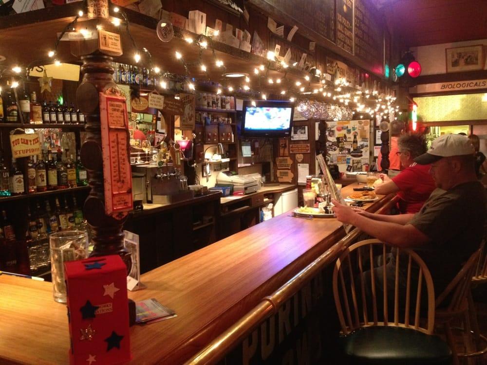 Gasthaus: 214 W Main St, Cherokee, IA