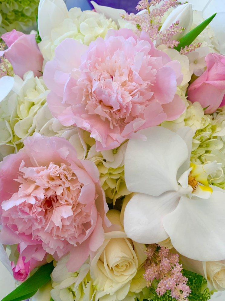 Violet's Florist: 476 Main St, Fort Lee, NJ
