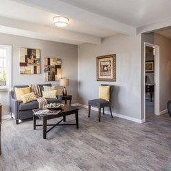 Sparkling Home Staging and Design - 19 Photos - Home Staging - 199 ...