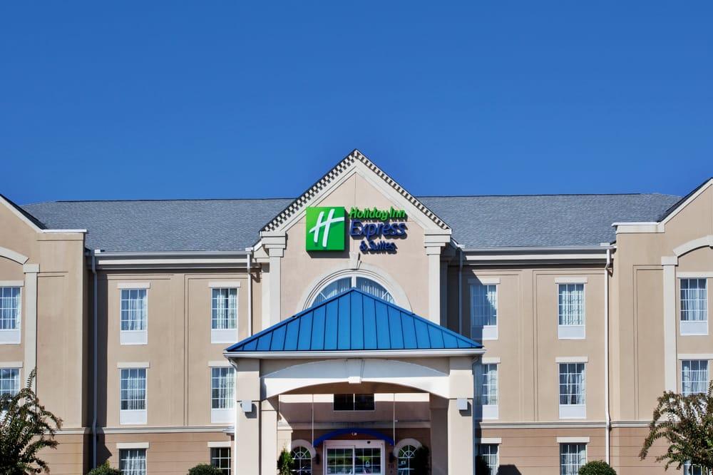 Holiday Inn Express & Suites Orangeburg: 118 Sleep Inn Dr, Orangeburg, SC