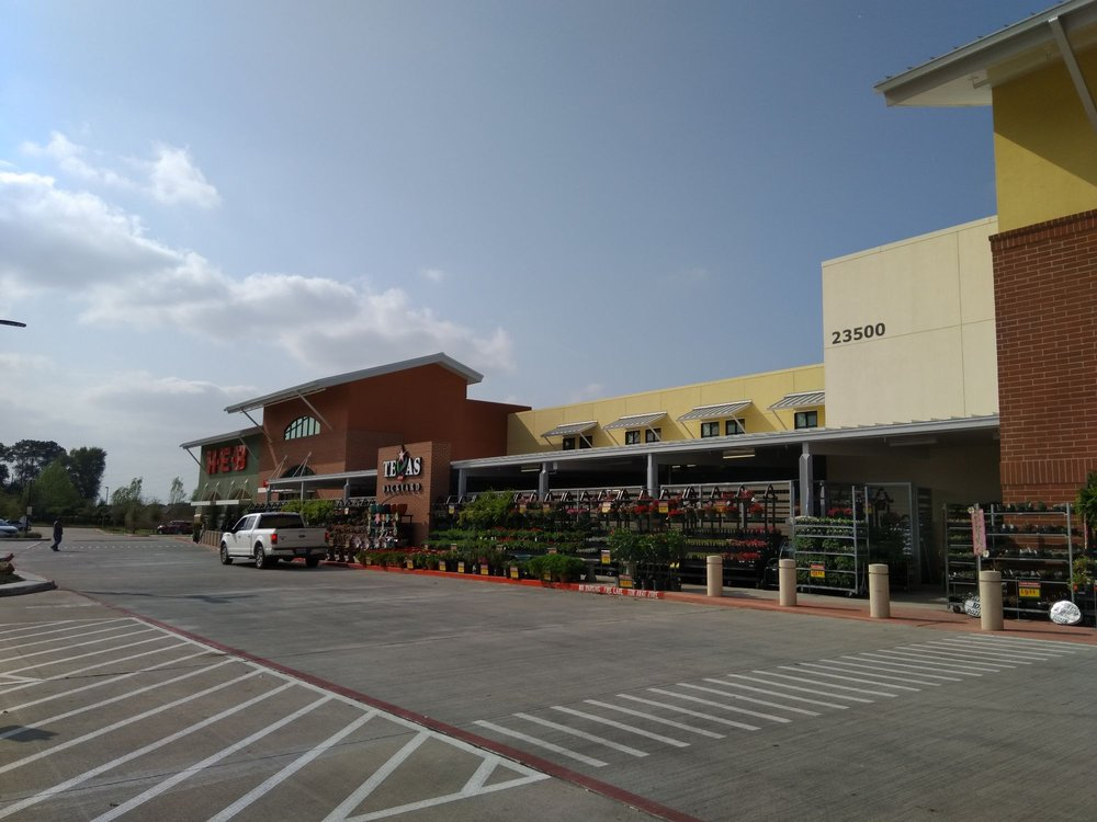 H-E-B: 23500 Circle Oak Pkwy, Richmond, TX