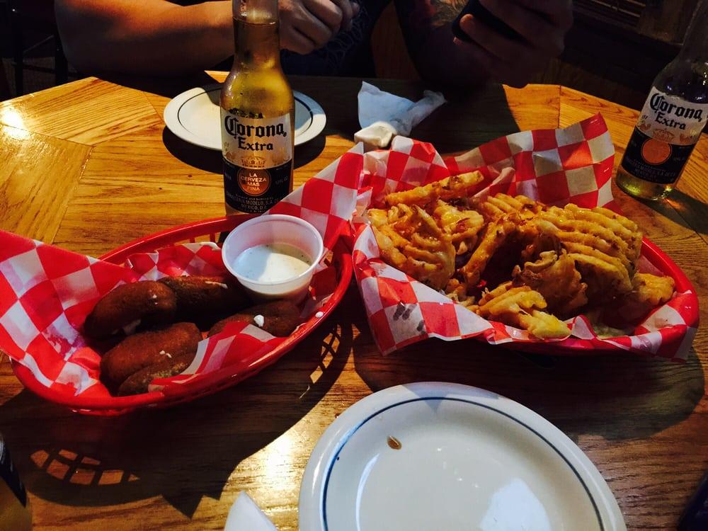 Casey's Bar & Grill: 3207 S Oliver St, Wichita, KS