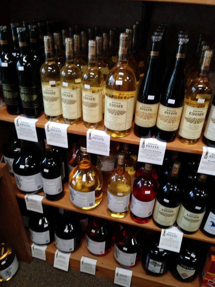 Photo of Countryside Wine and Spirits: Randolph, NY