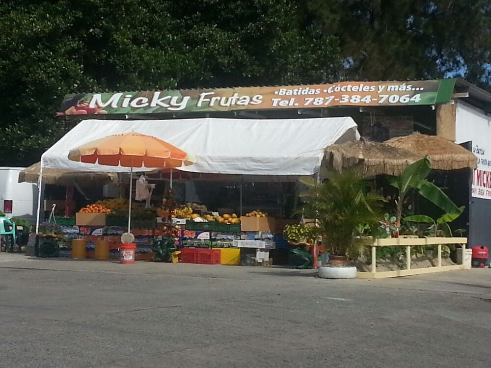 Micky Frutas: C/ Gautier Benitez esquina El Verde, El Verde, PR