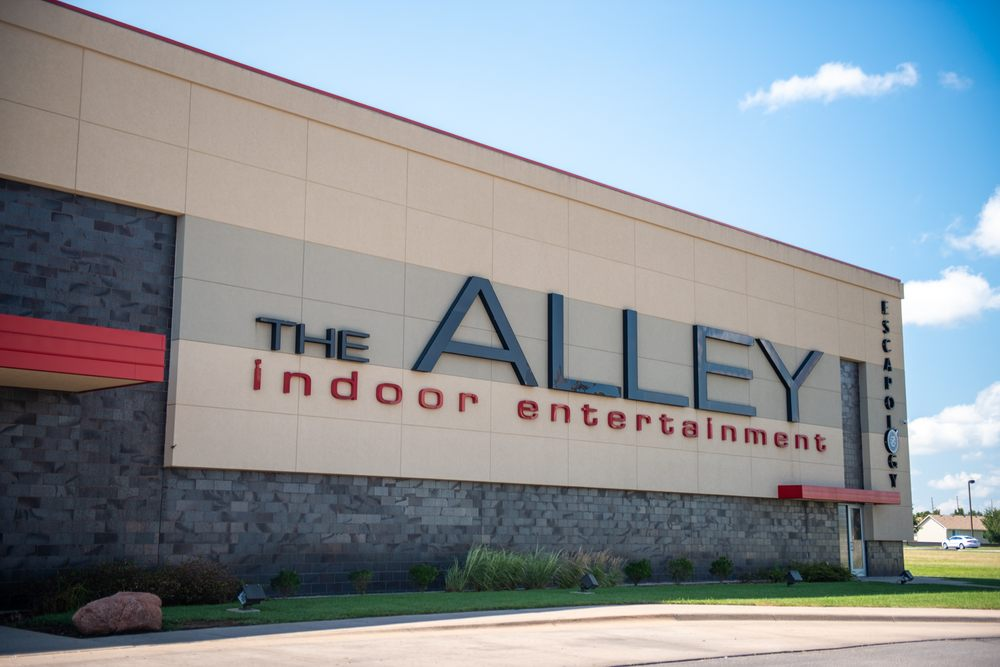The Alley Indoor Entertainment: 11413 E 13th St N, Wichita, KS