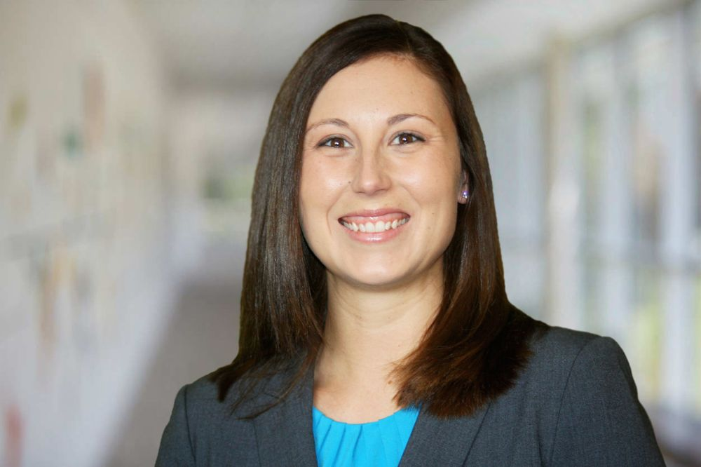 Jessica Ball - RE/MAX Traders Unlimited: 3622 N Knoxville Ave, Peoria, IL