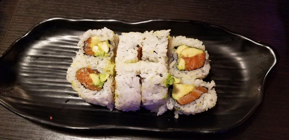 Idy Sushi Rolls: 25980 Hwy 243, Idyllwild, CA