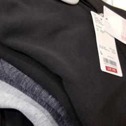UNIQLO - 34 Photos   17 Reviews - Women s Clothing - 1 Sunvalley Mall b65d5af59b4e