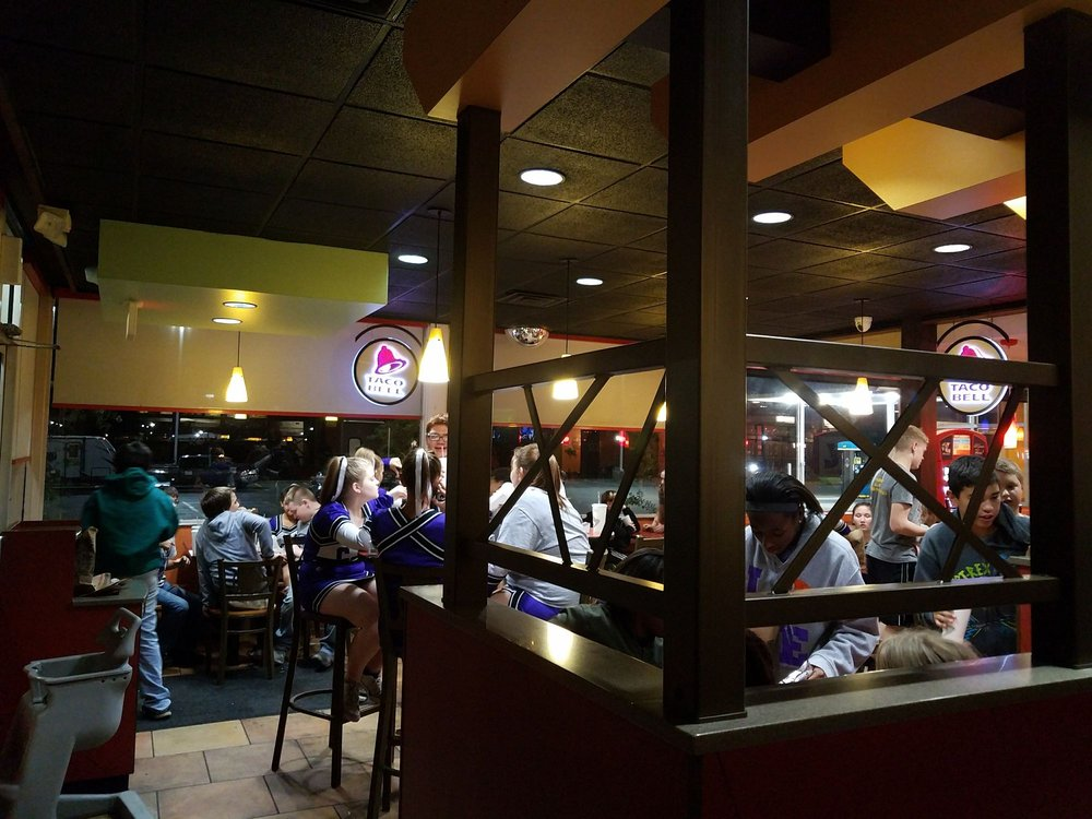 Taco Bell: Travel Centers of America #51, Matthews, MO