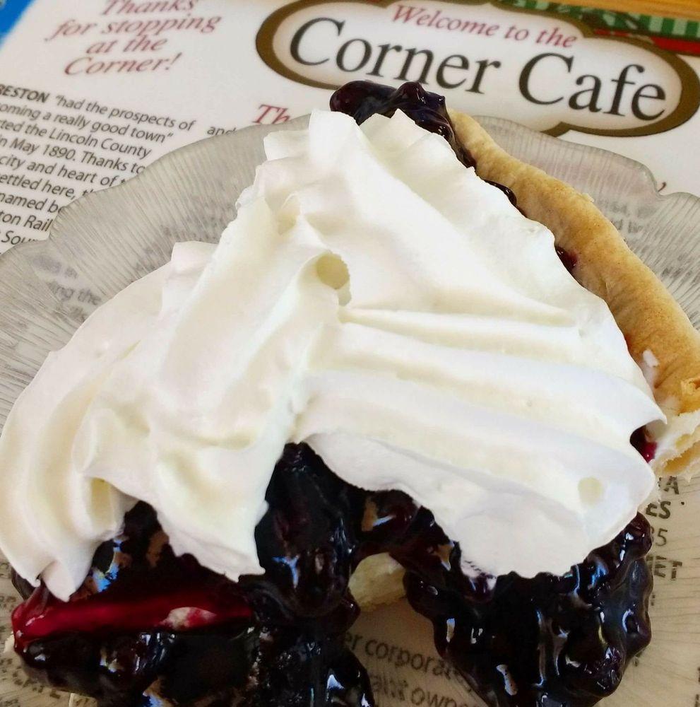 Corner Cafe: 100 Watson St NW, Creston, WA