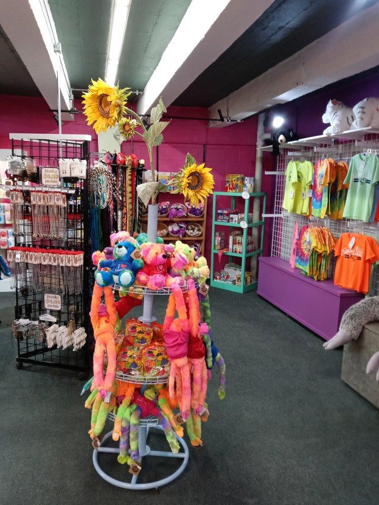 The Candy Wizard: 400 Grand Blvd, Kansas City, MO