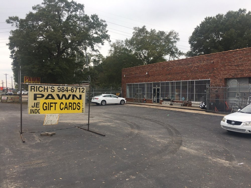 Rich's Jewelry & Pawn: 1011 N Harper St, Laurens, SC