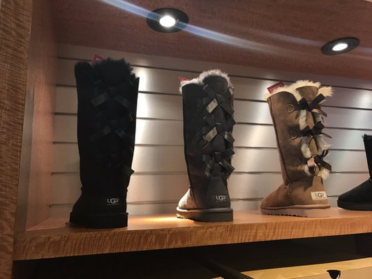 ugg outlet prices