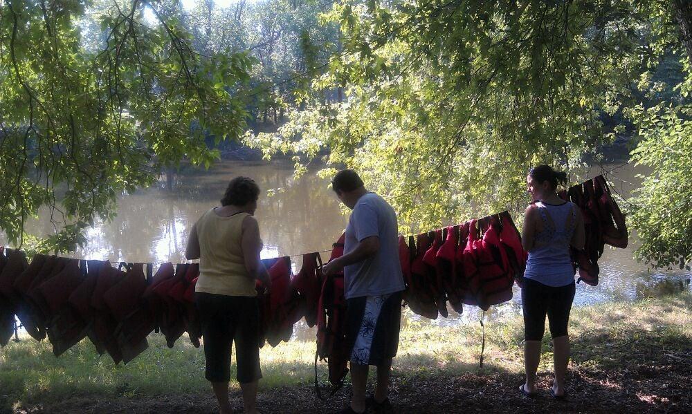 Ntr Canoe Livery: 11358 St Rt 212 NE, Bolivar, OH