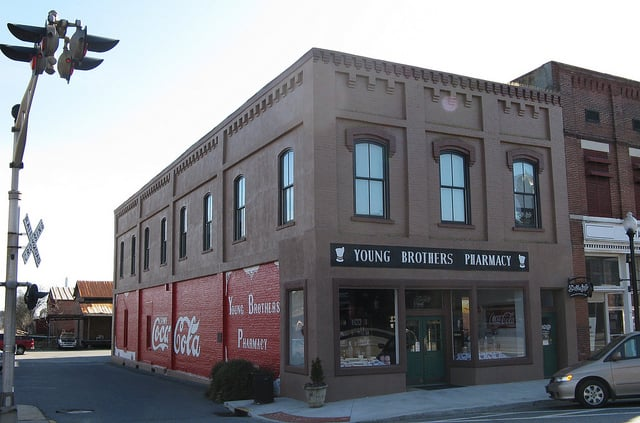 Young Brothers Pharmacy: 2 W Main St, Cartersville, GA