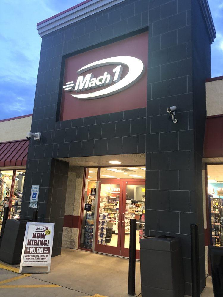Mach I Food Shop: 939 N Rte 49, Casey, IL
