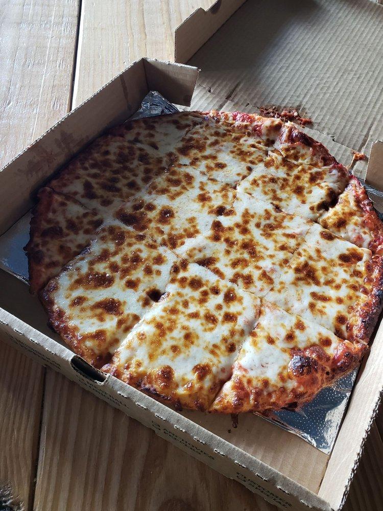 Kellione's Pizza: 219 S Walnut St, Cynthiana, KY