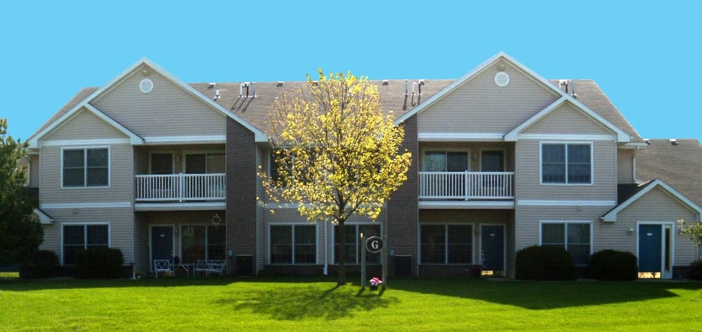 Southern Hills Apartments: 2510 S 6th St, Marshalltown, IA