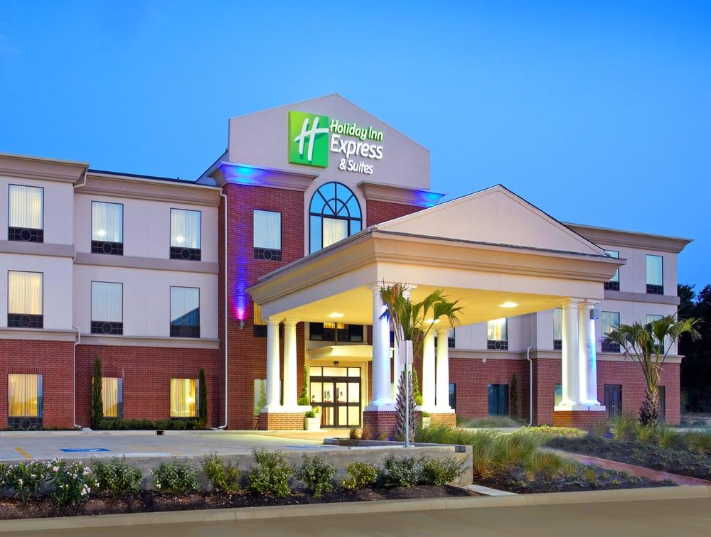 Holiday Inn Express & Suites Hearne: 1645 N Market St, Hearne, TX