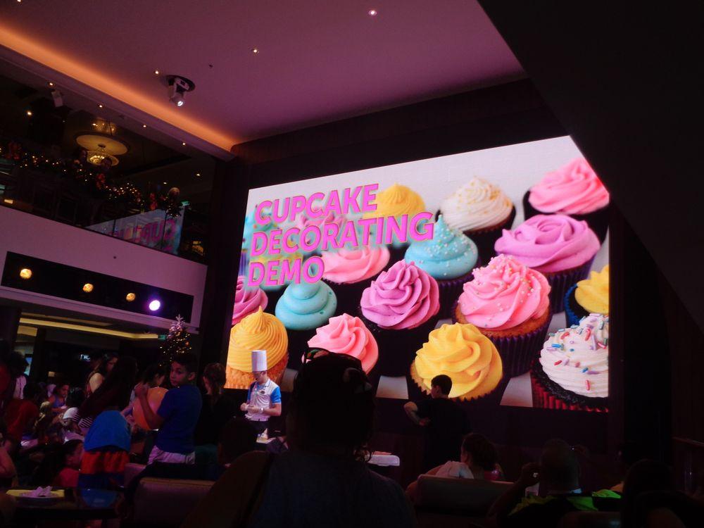 Cake Decorating Demonstration - Yelp