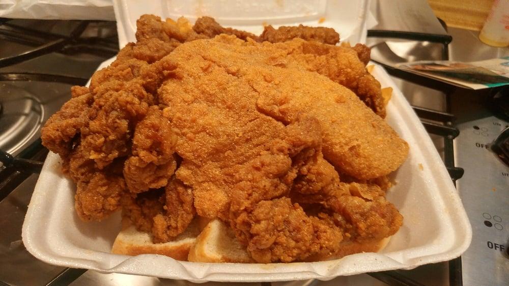 St. Louis Fish & Chicken Grill: 200 N Florissant Rd, Ferguson, MO