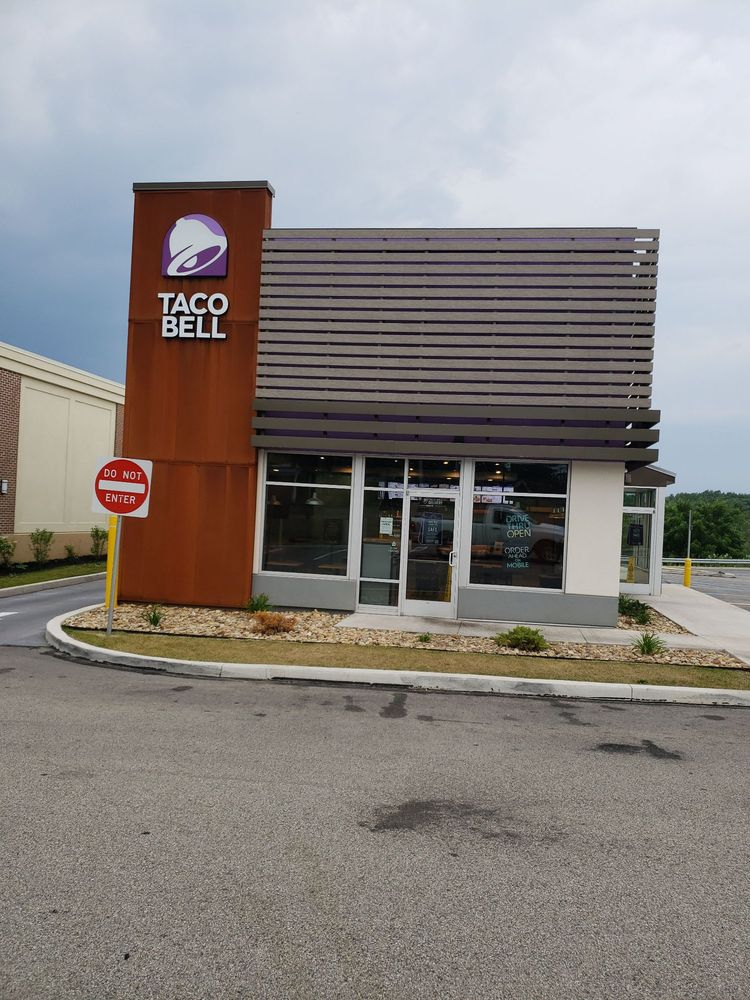 Taco Bell: 4482 Admiral Peary Hwy, Ebensburg, PA
