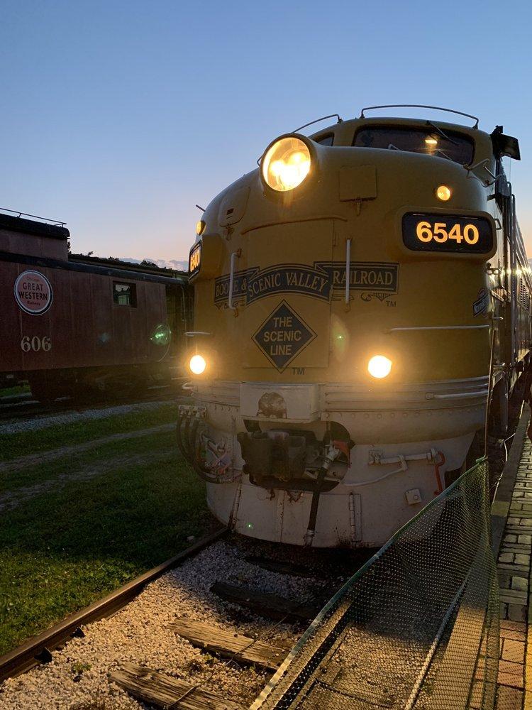 Boone & Scenic Valley Railroad & Museum: 225 10th St, Boone, IA