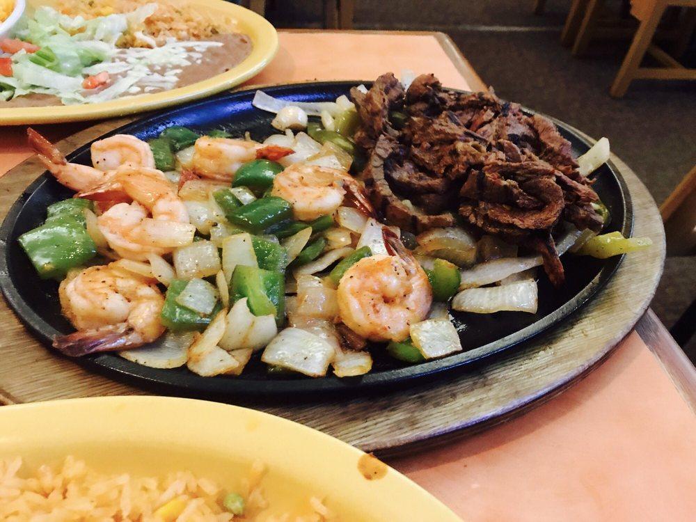 Ixtapa Mexican Grill & Cantina: 177 Massachusetts Ave, Lexington, MA