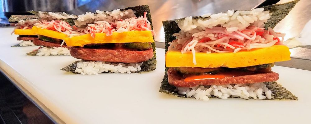 Food from UwU Sushi