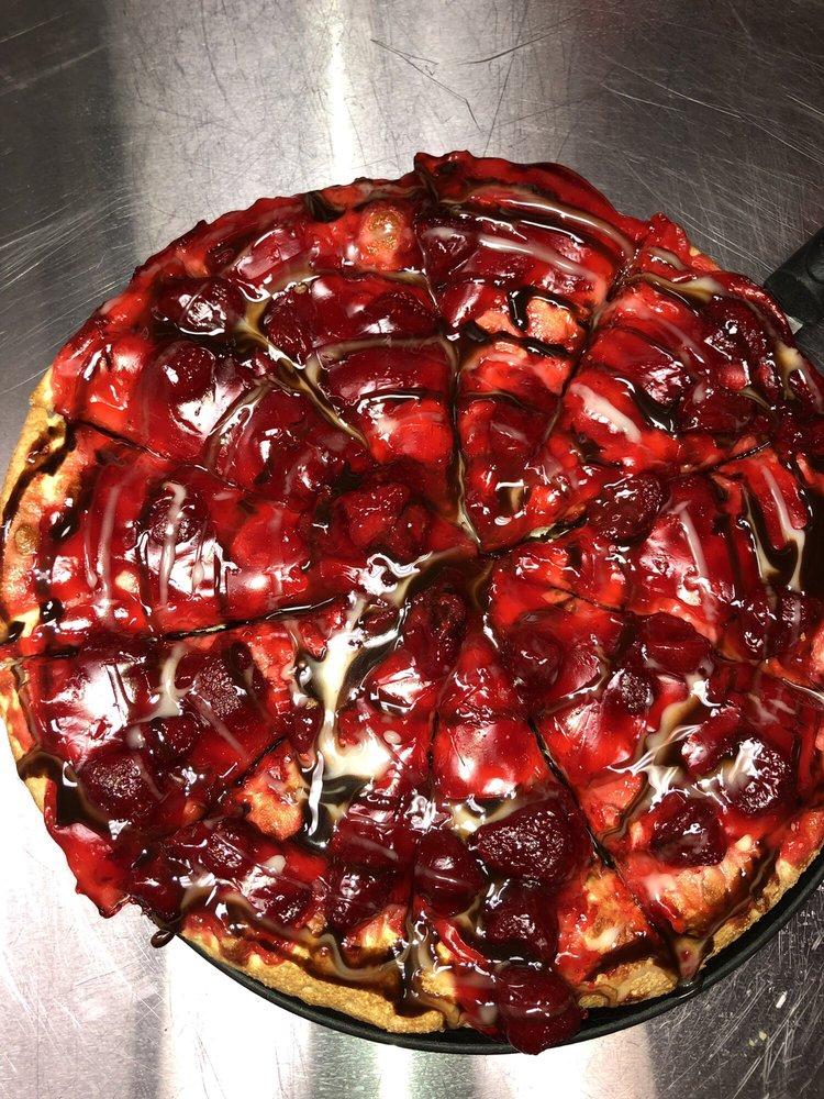 Studebakers Pizza: 2170 N Main St, Belton, TX
