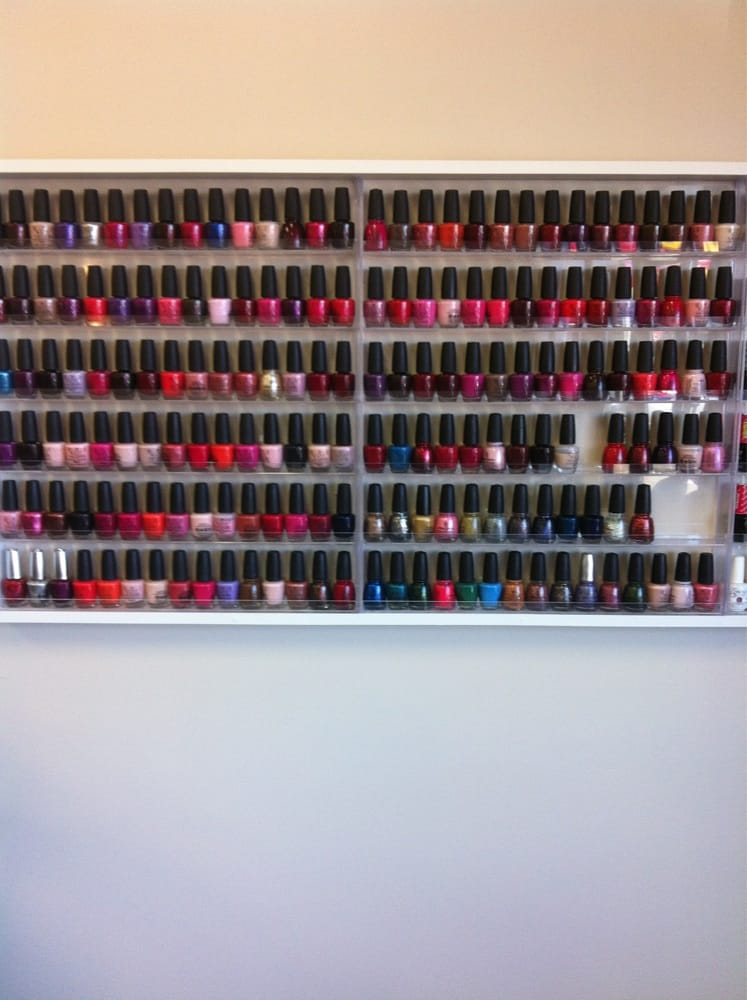 Nails For U: 3301 Pennsylvania Ave, Dubuque, IA