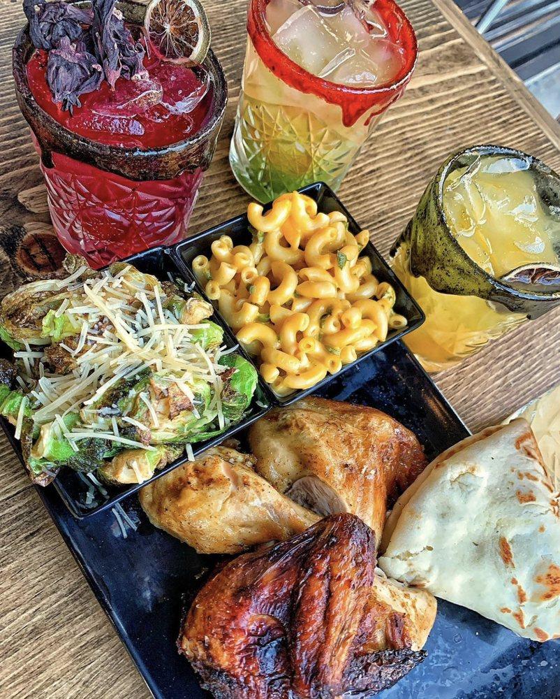 The Chicken Koop: 101 W Main St, Alhambra, CA