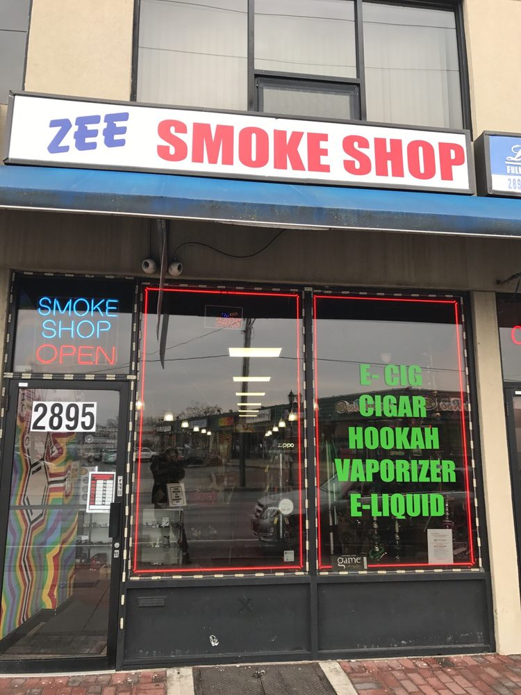 Zee Smoke: 2895 Long Beach Rd, Oceanside, NY