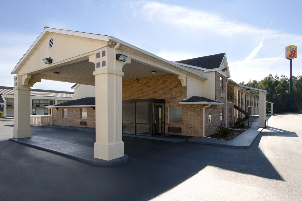 Super 8 by Wyndham Florence - 14 Photos - Hotels - 1832 1 ...