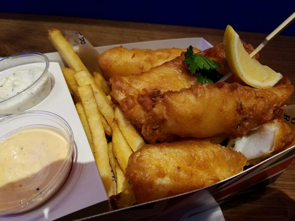 Bombass fish and chips yelp for Gordon ramsay las vegas fish and chips