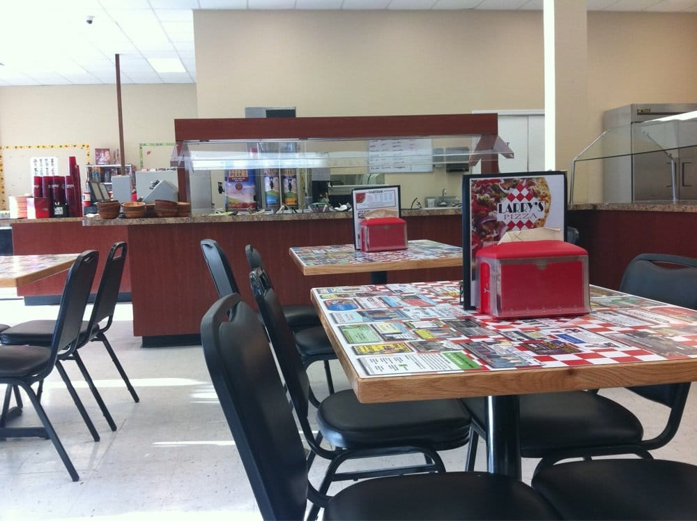 Larry's Pizza: 7401 Dollarway Rd, White Hall, AR