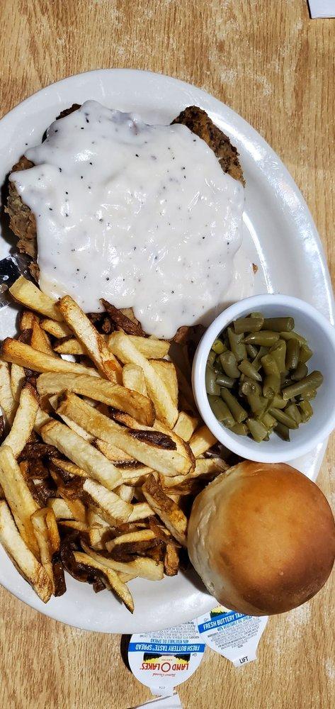 Neon Moon Restaurant and Social Club: 4672 TX-154, Yantis, TX