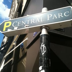 Central parc parking garages 18 rue tupin cordeliers for Garage central auto lyon