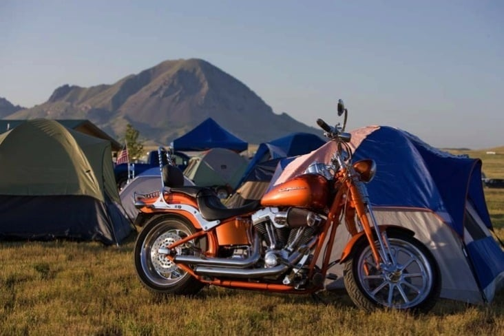 Broken Spoke Campground: Hwy 79, Sturgis, SD