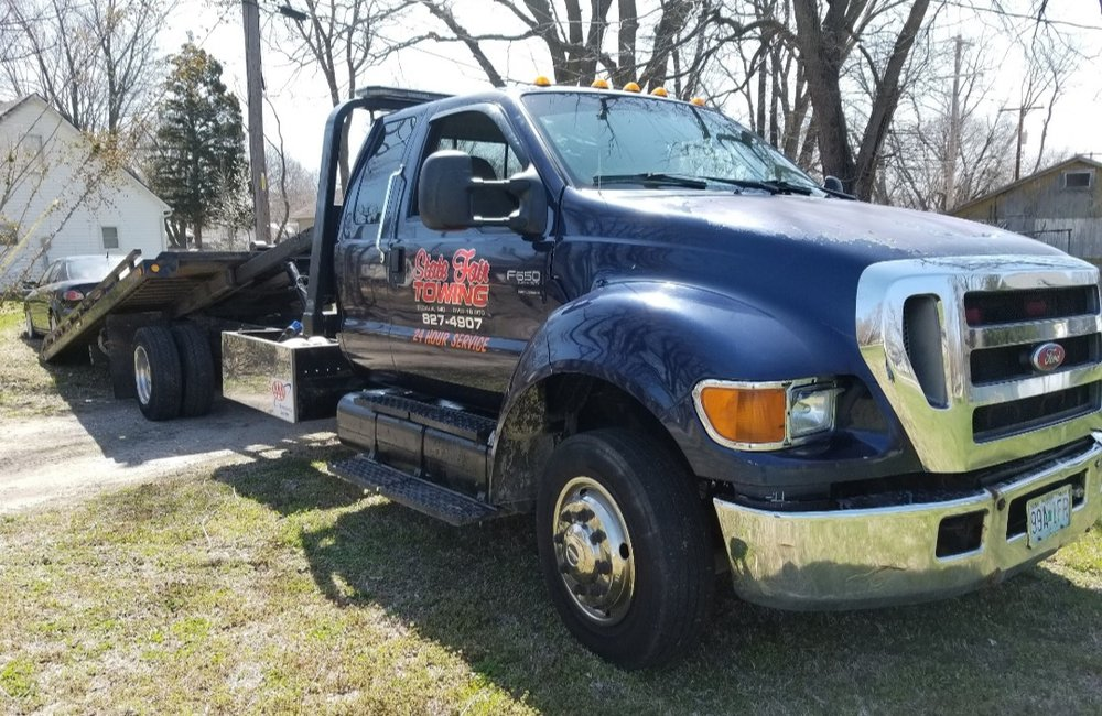 Towing business in Sedalia, MO