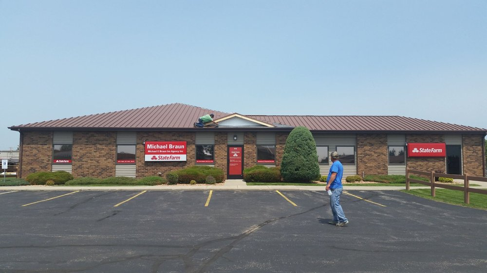 New Tech Roofing: 901 24th Ave NW, Minot, ND