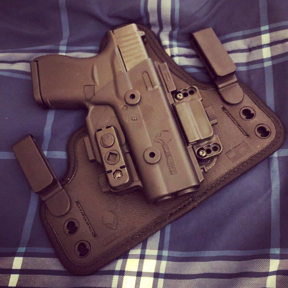 Xtreme Gun Worx: 570 Chestnut St, Emmaus, PA