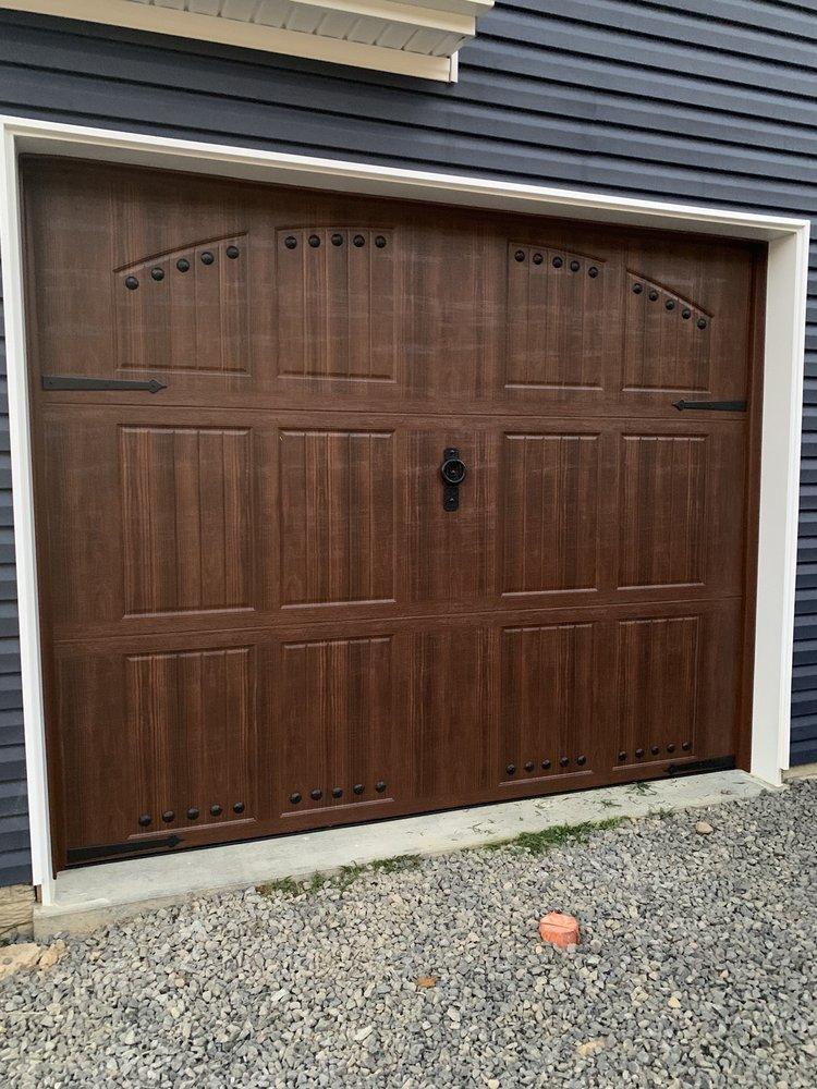 Danny's Door Service: 1126 Blue Horizon Dr, Morgantown, WV